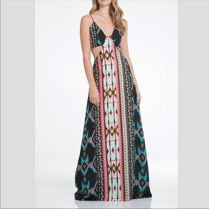 Elan side cut out maxi dress!